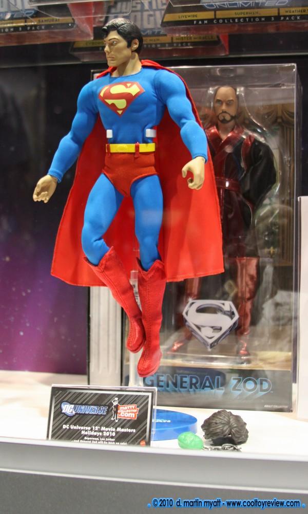"MATTEL SUPERMAN REEVES 12"" COMIC CON 2010 CapedWonder-CoolToyReview-Mattel-Reeve-2010-01"