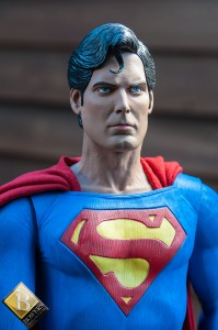 CW-NECA-Superman-Reeve-Bowers-photo-4
