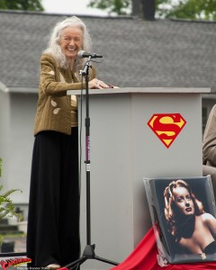CW-Noel-Neill-statue-unveiling-14