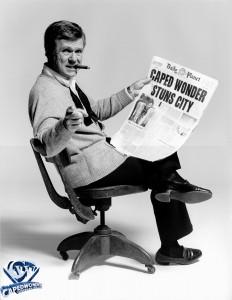 CW-STM-DP-Caped-Wonder-Stuns-City-04