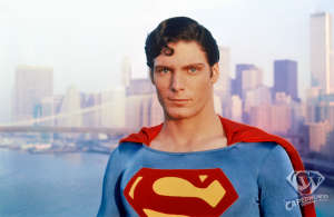 CW-STM-NYC-Superman-water-pose-left-shoulder-color