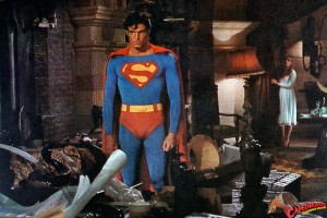 CW-STM-Superman-confronts-Luthor-lair-012