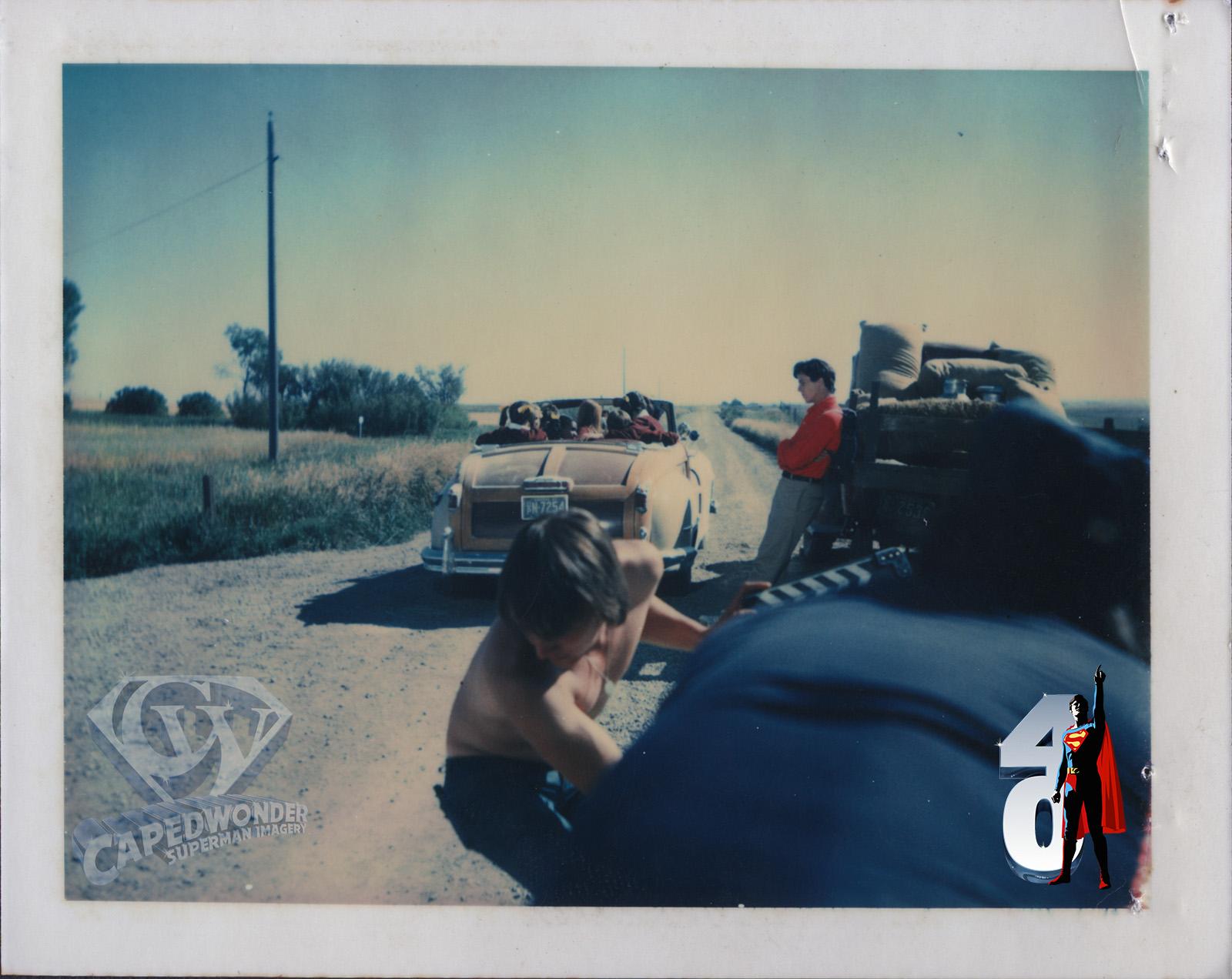 CW-STM-clark-leans-on-truck-smallville-polaroid-2