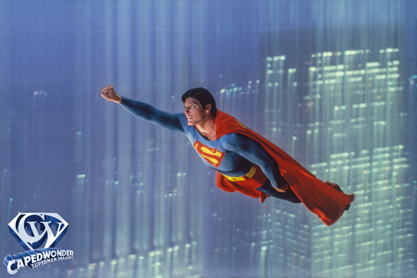 Superman the movie gallery the gift of flight capedwonder cw stm gift of flight 21 publicscrutiny Gallery