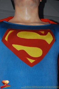 CW-Superman-Costume-2-2012-11