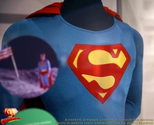 CW-SupermanIV-Costume-EMP-Museum-2012-02