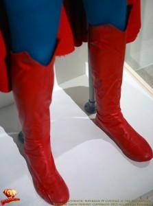 CW-SupermanIV-Costume-EMP-Museum-2012-06