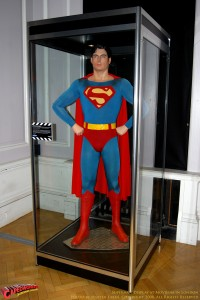 CW-Superman_Costume-02