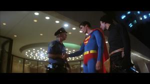CapedWonder-STM-Superma-nabs-burglar-198