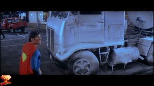 CapedWonder-SupermanII-RDC-Blu-ray-screenshot-614