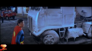 CapedWonder-SupermanII-RDC-Blu-ray-screenshot-615
