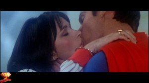 CapedWonder-SupermanII-RDC-Blu-ray-screenshot-770