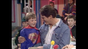 Grant Meets Superman (Christopher Reeve) Saturday Superstore Jan 17 1987 .mp4_snapshot_00.38_[2015.11.08_20.07.53]