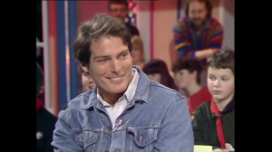Grant Meets Superman (Christopher Reeve) Saturday Superstore Jan 17 1987 .mp4_snapshot_00.46_[2015.11.08_20.08.55]