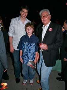 Brandon Routh, Richard Donner and a young fan holding Donner's Action Comics.