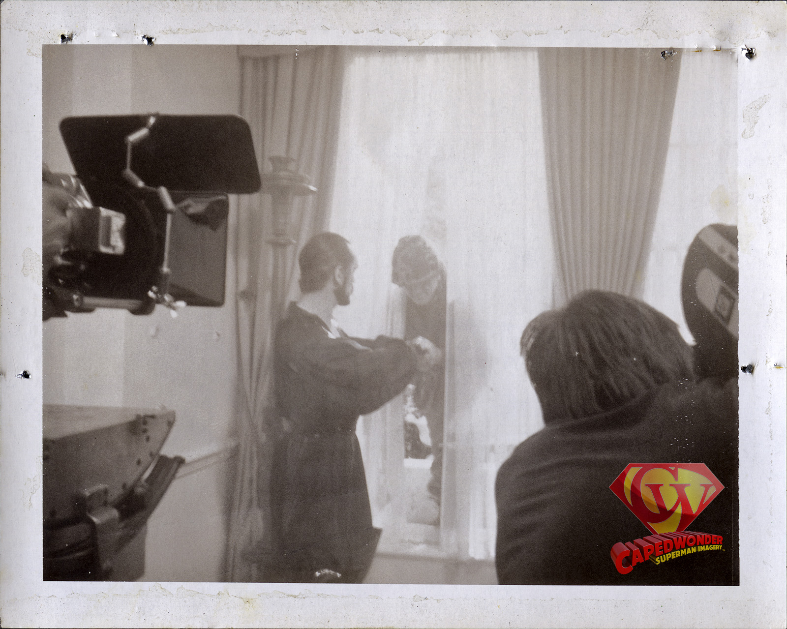 CW-RDC-White-House-Zod-M16-window-pull-Polaroid