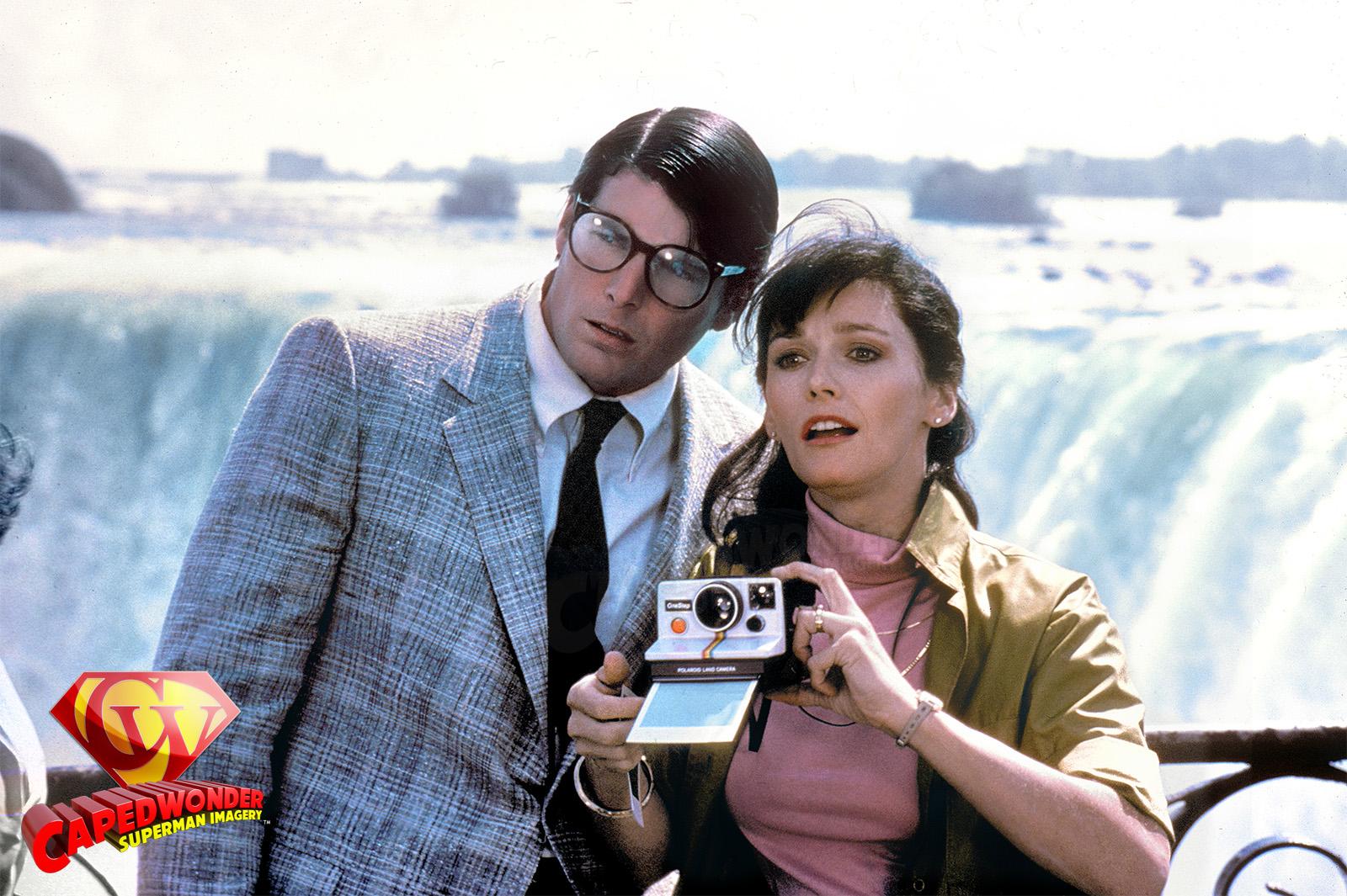 CW-SII-Niagara-Falls-pair