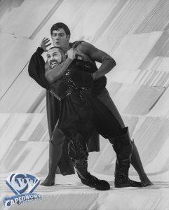 CW-SII-Superman-Zod-choke-hold-Fortress-02