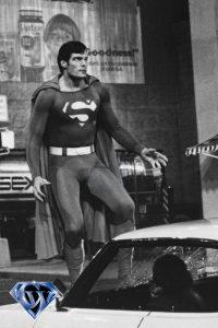 CW-SII-Superman-Zod-white-car-B&W