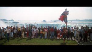 CW-SII-Superman-lands-Niagara