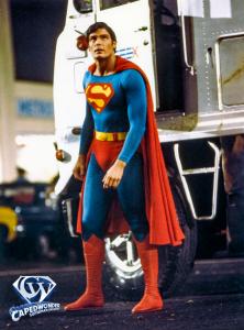 CW-SII-Superman-mirror-full-body-4