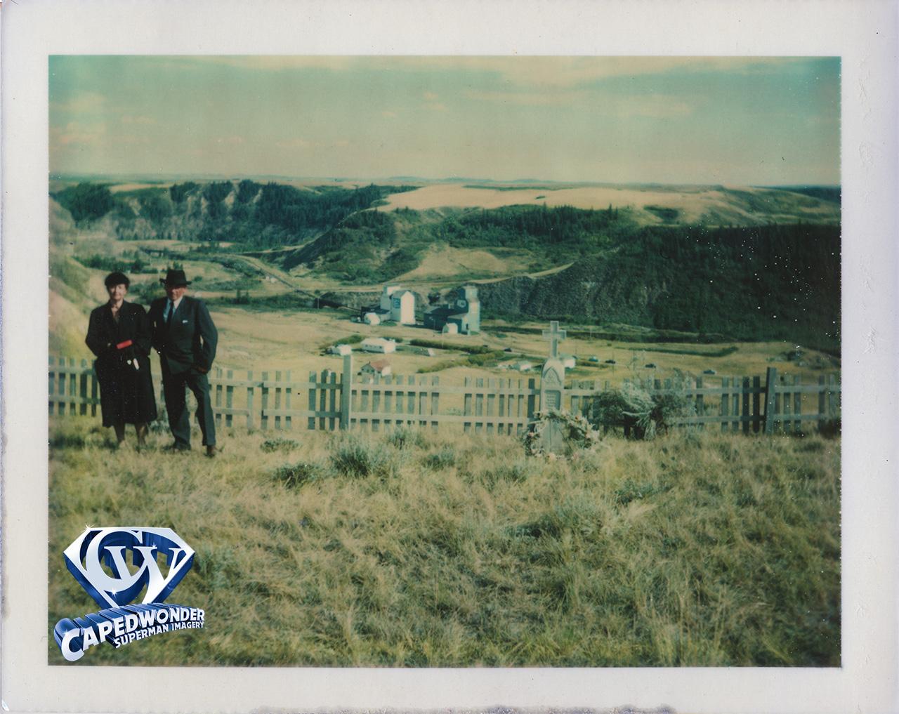 CW-STM-Smallville-cemetery-Polaroid-02