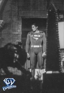 CW-STM-Superman-confronts-Luthor-lair-001