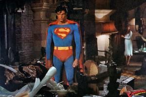 CW-STM-Superman-confronts-Luthor-lair-012