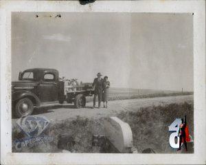 CW-STM-smallville-truck-arrival-glenn-phyllis-polaroid-1