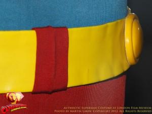 CW-Superman-Costume-2-2012-01