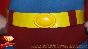 CW-Superman-Costume-2-2012-03