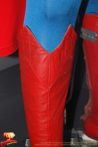 CW-Superman-Costume-2-2012-07