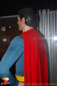 CW-Superman-Costume-2-2012-13