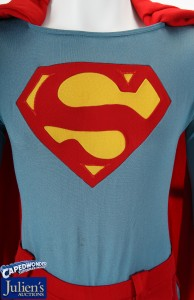 CapedWonder-Juliens-SupermanIV-flying-April-2013-auction-3
