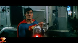 CapedWonder-SupermanII-RDC-Blu-ray-screenshot-608