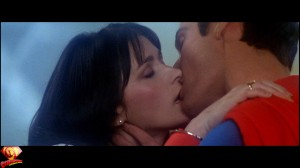 CapedWonder-SupermanII-RDC-Blu-ray-screenshot-768